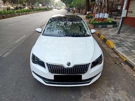 Skoda Superb Style 1.8 TSI AT, 2016, Petrol