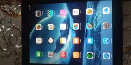 Ipad 2  in new and lush condition