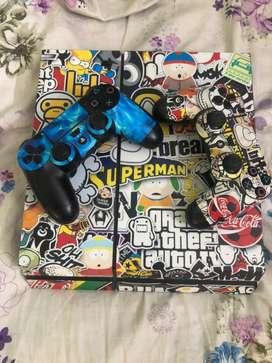 Ps4 fat 1tb black 2 joystick