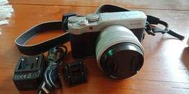 Fuji Film XA-20 Mirrorless