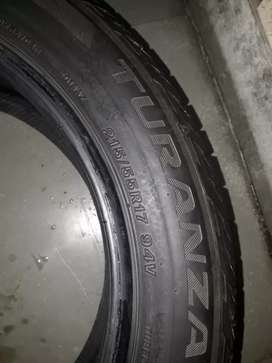 BRIDGSTONE tyre 215/55 R17