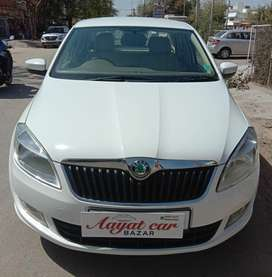 Skoda Rapid Elegance 1.6 TDI CR Manual, 2013, Diesel