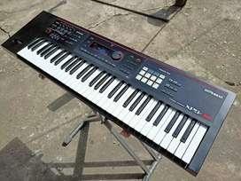 Roland XPS30 & Samson Media One BT3