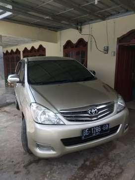 Toyota kijang Innova 2.0 G atas nama sendiri