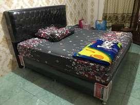 Dijual Spring bed + Dipan nya merk Caisar uk 200 x 180