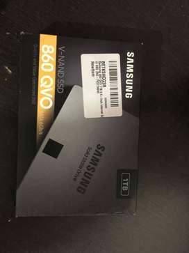 (NEW SEALED PACK SSD)  Samsung 860 QVO 1TB Internal SATA III SSD