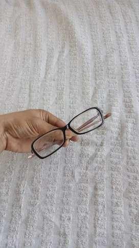 Preloved Kacamata Oakley RX warna soft pink