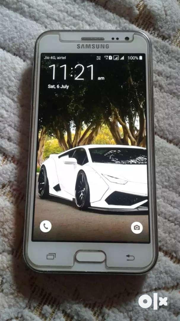 Samsung Galaxy j2 in very good condition 0