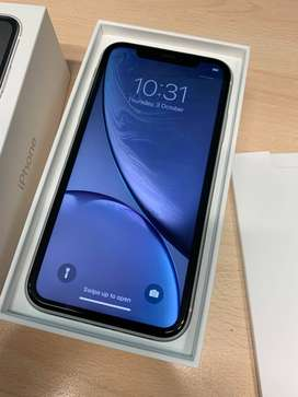 Get iPhone xr (64gb) white model with bill box all and accessories (CO
