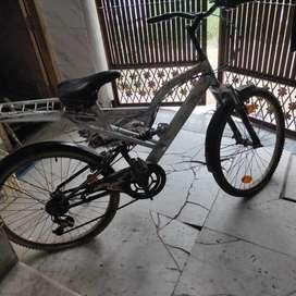 Atlas Avon cycle