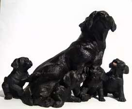 dog family sculpture