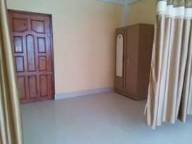 Tolet Available in RYNJAH