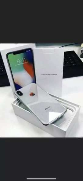 Super condition of apple I phone models available with bill box &