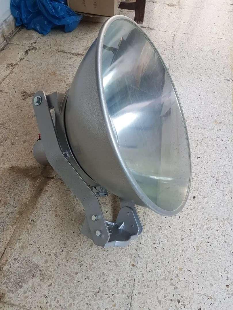 Kap Lampu model Corong 1000 - 1500 watt