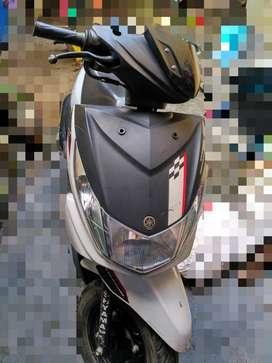 Yamaha Ray-Z (Black & white)