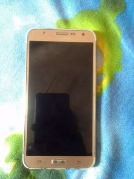 Samsung j7  good condition
