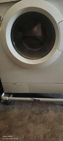 Ifb washing machine  minore repairing required