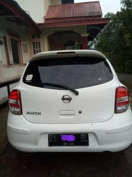 Nissan Match 2011