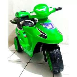 Mainan Motor Aki Anak Yotta Venus Model Gojek