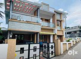 5 cent 2400 sqft 4bhk new build house at aluva kalamassery rod kombara