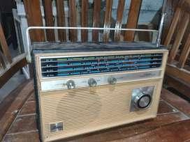 Radio toshiba kondisi on (dengung)