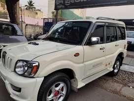 Mahindra Scorpio 2009-2014 SLE BSIV, 2010, Diesel