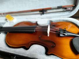 New Violin stander size 4/4 1 Year warranty