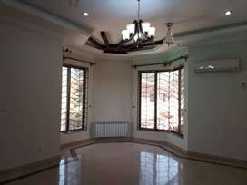 915  Sq. Ft Flat Is Available For Rent In E-11 - Islamabad