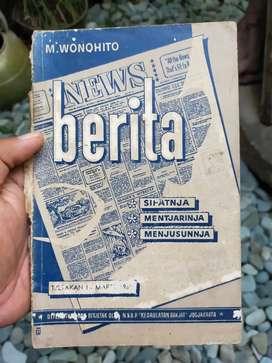 Buku Antik Soal Jurnalisme Berita oleh M Wonohito