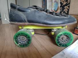 Master skates with size 8