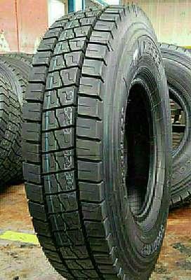 JVS Radial Truck Tyre 10.00/R20 For Sale