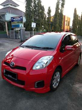 Yaris e limited metic 2013