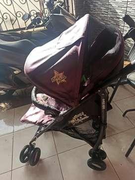 Stroller disney ungu