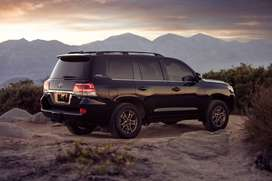 Get New or Used Land Cruiser on Easy monthly financing