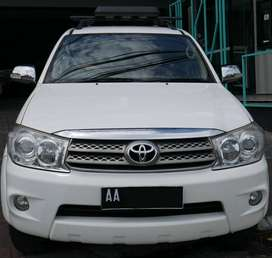 Toyota Fortuner G 2.5 SUV 2011 Putih, bs kredit