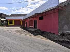 Dijual Tanah Beserta Rumah dan Gudang