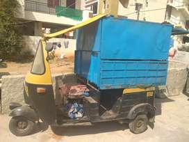 Hi canteen auto is in mint condition all documents r running
