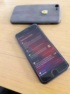 iPhone 8 64 GB brand new condition