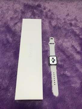 Apple Watch Silver Series 4 40mm MULUS 99% FREE STRAPS