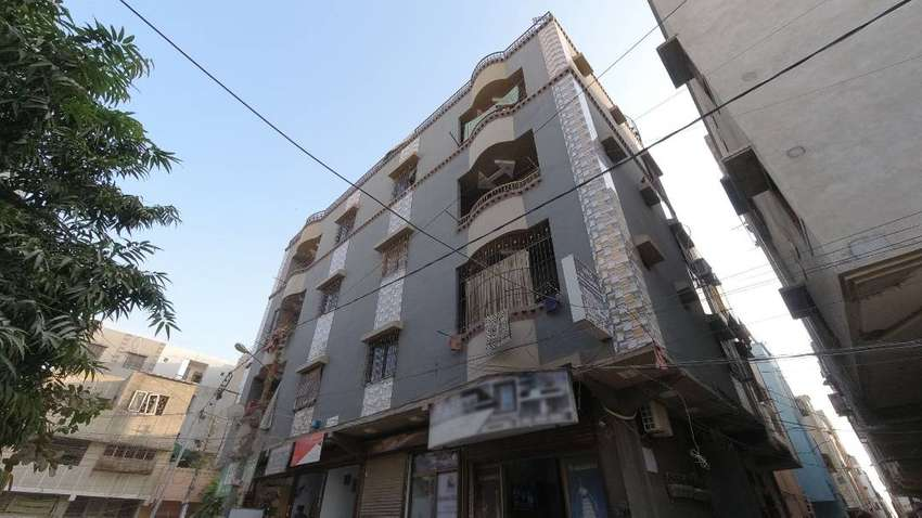 1st floor West Open Two Sided Corner Flat in Azizabad 0