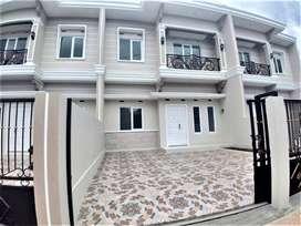 Rumah Mewah 2 Lantai Siap Huni