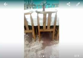 Dinning table 6 seater new sale because shifted in new city