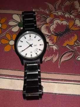 Round Black Analog Watch With Silver Link Bracelet
