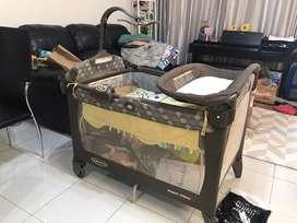 Graco box bayi bekas include matrass