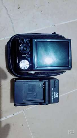 Samsung Digital Camera PL100