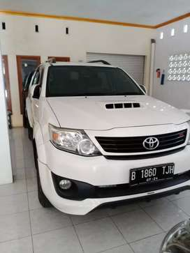 TOYOTA FORTUNER G TRD AT sportivo 2014