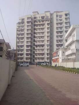 Three bhk flat for sell in tridev Dham Apartment samneghat Lanka vns