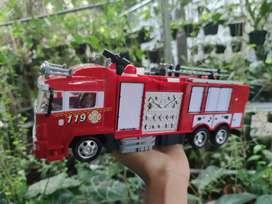 Mobil Remot Pemadam Kebakaran Semprot Air RC Fire Rescue