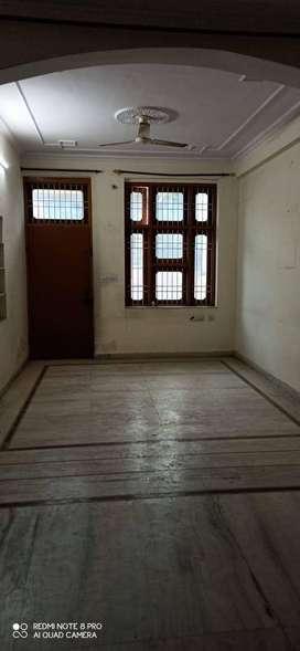1200 sq feet flat available on rent at Malviya nagar, Jaipur.