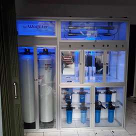 Pasang depot air minum isi ulang